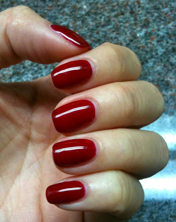 Smalto semipermanente: Gelish o Shellac?