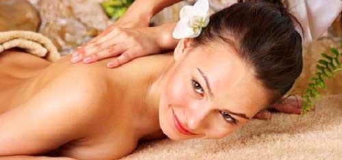 Detossinare la pelle: i massaggi